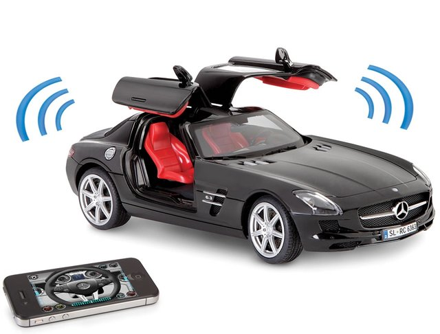 iPhone Controled Musical Mercedes SLS